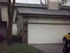 742 Grouse Ct Deerfield, IL 60015