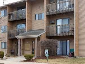 639 Virginia Rd #120 Crystal Lake, IL 60014