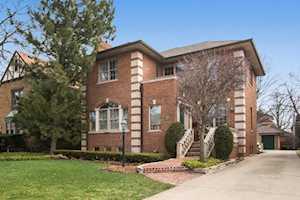 415 Elmore St Park Ridge, IL 60068