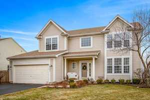 9771 Chetwood Dr Huntley, IL 60142