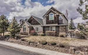 63497 Crestview Drive Bend, OR 97701