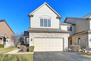 88 Santa Fe Ct Willow Springs, IL 60480