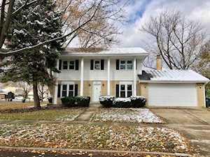 2411 S Cedar Glen Dr Arlington Heights, IL 60005