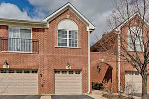 940 Enfield Dr #4A2 Northbrook, IL 60062