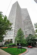2626 N Lakeview Ave #805 Chicago, IL 60614
