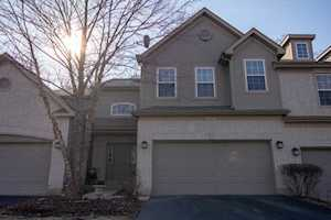 2754 Granite Ct #2754 Crystal Lake, IL 60012