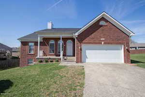 266 Lang Run Ct Simpsonville, KY 40067