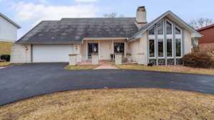 1629 Foxhill Place Darien, IL 60561