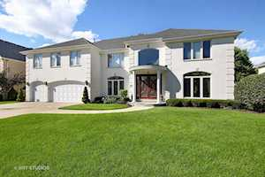 3618 Ari Ln Glenview, IL 60026
