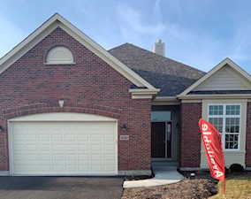 4645 Coyote Lakes Circle Lake In The Hills, IL 60156