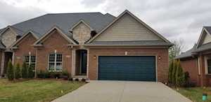 2438 Tradition Cir Louisville, KY 40245