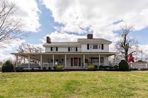 1906 Riva Ridge Rd Louisville, KY 40214