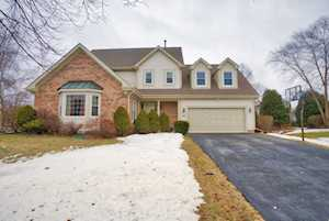 61 S Brook Hill Ln Vernon Hills, IL 60061