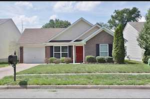 7920 Grandmeadow Ln Louisville, KY 40258