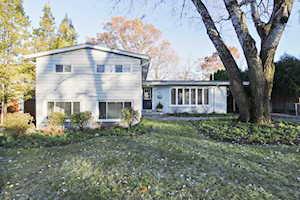 427 Rockland Ave Lake Bluff, IL 60044