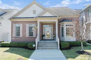 4233 Heyward Place Indianapolis, IN 46250