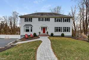 39 Overlook Trl Morris Plains Boro, NJ 07950