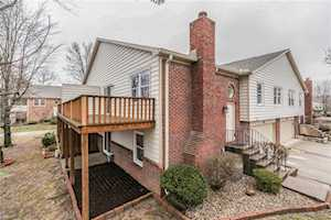 9233 Cinnebar Drive Indianapolis, IN 46268