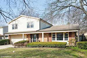4140 Russet Way Northbrook, IL 60062