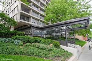 1960 N Lincoln Park West Ave #1004 Chicago, IL 60614