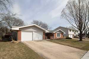 1815 Claremont Rd Hoffman Estates, IL 60169