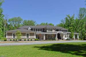 41 Oak Knoll Rd Mendham Twp., NJ 07945
