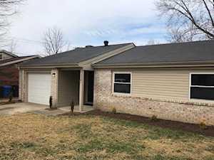 3381 Kenesaw Drive Lexington, KY 40515