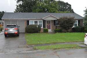 318 Bellechase Lane Nicholasville, KY 40356