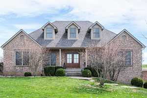 1050 High Point Drive Nicholasville, KY 40356