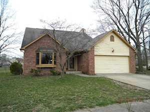 6706 Oak Lake Drive Indianapolis, IN 46214