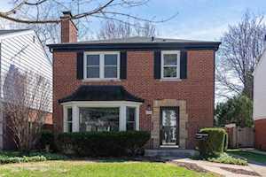 1105 E Mayfair Rd Arlington Heights, IL 60004