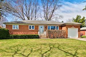 112 N Owen St Mount Prospect, IL 60056