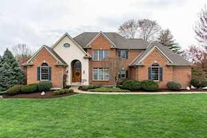 909 Squire Oaks Dr Villa Hills, KY 41017