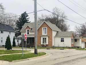 220 E Main St Carpentersville, IL 60110
