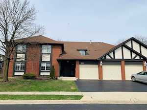 210 Windsor Ln #D Willowbrook, IL 60527