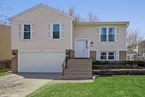 5010 Lichfield Dr Hoffman Estates, IL 60010