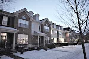 2749 Langley Circle Glenview, IL 60026