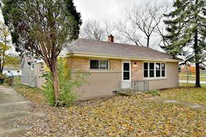 476 N Oak St Elmhurst, IL 60126
