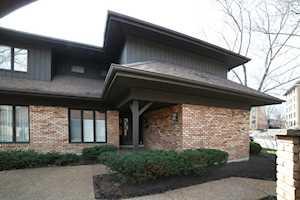 1747 N Mission Hills Rd #1747 Northbrook, IL 60062