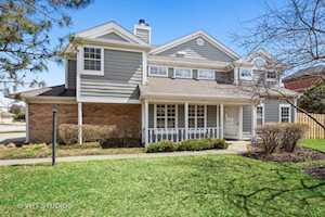 267 Woodstone Circle Buffalo Grove, IL 60089