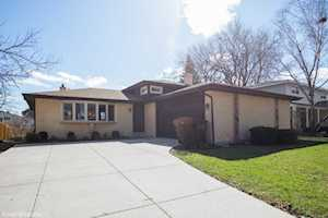 735 S Dryden Place Arlington Heights, IL 60005