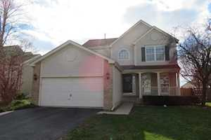 401 Windermere Way Lake In The Hills, IL 60156
