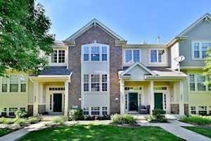 2806 N Greenwood Ave Arlington Heights, IL 60004
