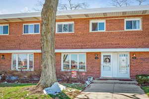 316 S Maple St Mount Prospect, IL 60056