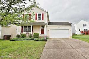 9507 River Trail Dr Louisville, KY 40229