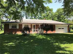 8044 Beechwood Avenue Indianapolis, IN 46219