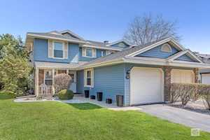 1536 Lighthouse Dr Naperville, IL 60565