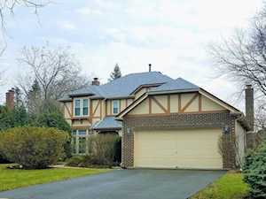1079 Saint Clair Ln Vernon Hills, IL 60061