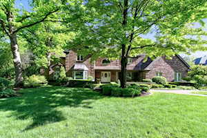3110 Heritage Oaks Ln Oak Brook, IL 60523