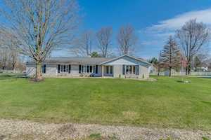 19265 Orchard Heights Drive South Bend, IN 46614